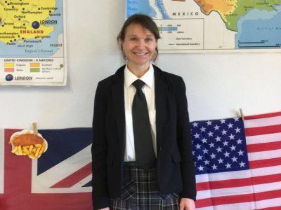 Mauriac - Collège du Méridien - C'était la prof d'anglais pour la semaine des langues !