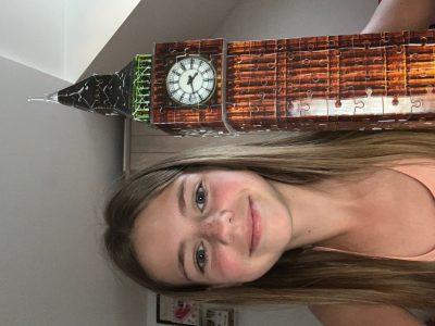 Bonjour,   Je m'appelle Alicia DA ROCHA. Je suis en 6ème au collége Louise Weiss à Nozay. J'aimerais beaucoup aller à Londres.