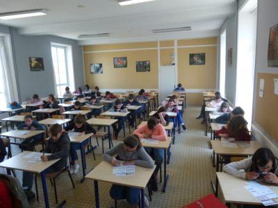 Loudun, Collège Chavagnes Les élèves ont fait de leur mieux pour réussir le concours.  Ils attendent les résultats avec impatience.
