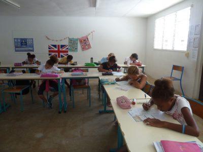Les 6èmes en pleine concentration ! Lycée Français JMG Le Clézio de Port Vila, Vanuatu (Pacifique Sud)