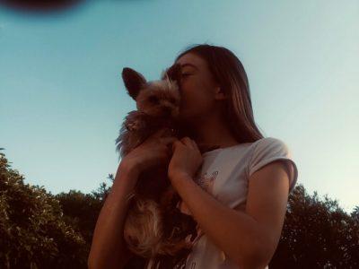 Collège Pic La Salle Béziers. Cette photo représente l'amour pour mon chien.