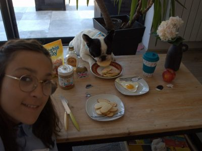 Hello My name is Céleste. I'm come from Jean Paul 2 Collège in Compiègne. I love breakfast but my dog ... See you soon Céleste