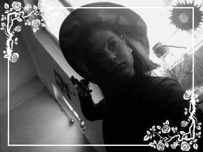 Ville: Brienne le château Collège: Julien Regnier   Voici la fille d'Harry Potter tant attendue: Lily Potter!!!