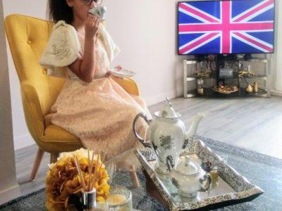 Collège Simone Veil : La reine d'Angleterre vous invite a un thé royal au Buckingham Palace !