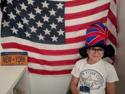 Avignon, Gurrea Calia, collège La salle Avignon. Le chapeau sur la photo vient de Londres où ma grande sœur est allé en voyage scolaire.