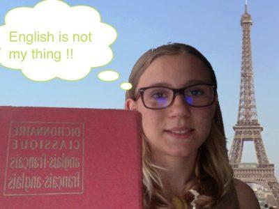Salut j'habite à Nantes dans un collège privé Chavagnes qui avant s'appeler Françoise d'Amboise !!  Je n'aime pas trop l'anglais c'est pour cela que j'ai ce commentaire sur la photo,mais la prof d'anglais que j'ai est super donc j'aime de plus en plus l'anglais mais c'est pas encore ça !!                                   Une prof d'anglais GÉNIALE mme HAGEN !!!!!!
