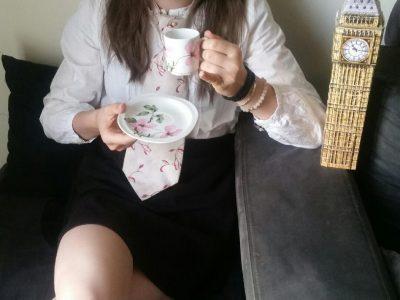 Remalard Collège Paul Harel. It's tea time in London.