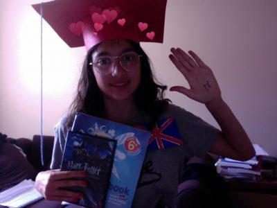 TOUGET Notre Dame Leclosfleuri j'aime bien l'anglais mais la raison qui me fait le plus aimer l'anglais est HARRY POTTER et Londre me passionne aussi.