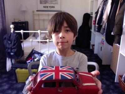 Ville : Le Vésinet  Nom : Casanova  J'ai trouvé cette voiture dans une décharge dans le Royaume-Uni et je l'ai fait renaître de ses cendres.
