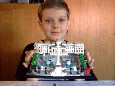 MULHOUSE JEAN XXIII : je vous présente mon lego architecture Trafalgar Square, j'ai bien aimé ce concours et j'espère y avoir bien réussi
