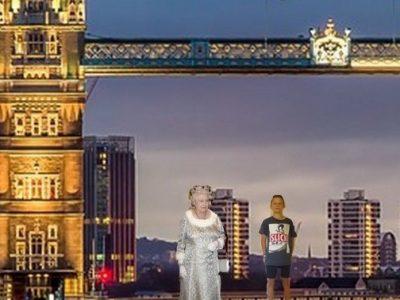 Valence Saint Victor  Gonzague Didierjean avec la reine d'Angleterre sur le Tower-Bridge.