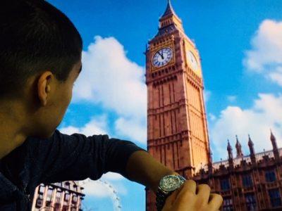 Mamers 72, Collège Alexandre Mauboussin   Bref, je règle ma montre à Londres. (décalage horaire oblige)   Riyad Lakhal 3èmeD