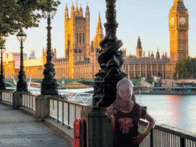 Aujourd'hui je ne suis pas loin du Big Ben à Londres c'est tellement beau !!! Echirolles collège Louis Lumière 6°5