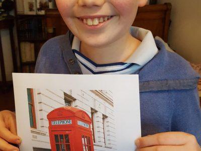 Collège Chevreul à Lyon  Ma belle cabine téléphonique pour rentrer au ministère de la magie, code =62442 (Harry Potter)