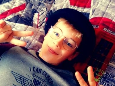 Hello !   I'm Pierrick and I love england. I go to SACRE COEUR school at PERONNE(80)  Have a good day Bye bye