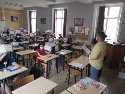 Collège Chavagnes, Loudun Le Directeur félicite tous les participants (en anglais, bien sûr!)