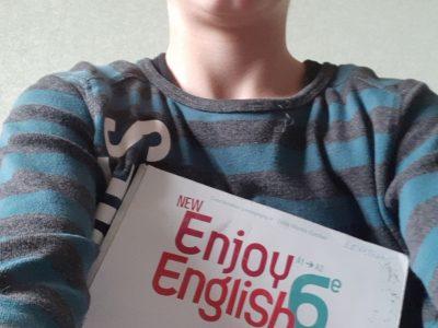 Je suis au Collège Saint Louis, situé au Puy en Velay 43000,   J'aimerai visiter l'Angleterre.