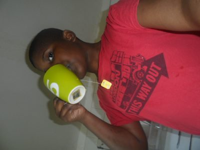 Belfort collège ARTHUR RIMBAUD I REALLY DRINK TEA I HOPE that you will like my photo I put on the London t-shirt