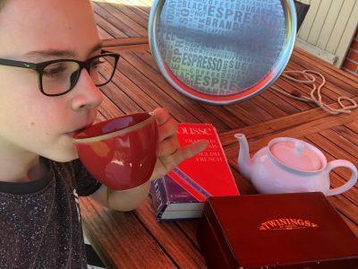 MERU COLLEGE DU THELLE  It's tea time !