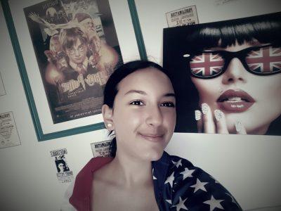 RIOM, Collège Jean Vilar,  L'anglais, tout mon Univers au quotidien ! Des cadres, des posters, des drapeaux... Bref !  I LOVE ENGLISH !!!!!
