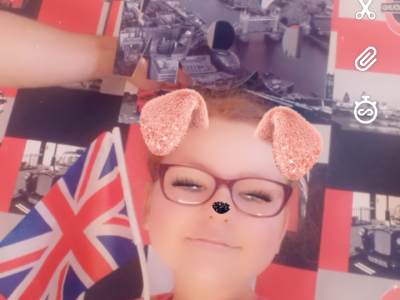 Fecamp, Collège Gorges Cuvier   I really like London ,I would love to go there . I find its too good.  As you can see I love London , my room is  all London i have the walpaper the flag the cushion the playboy London a London  Fram and my music tower London