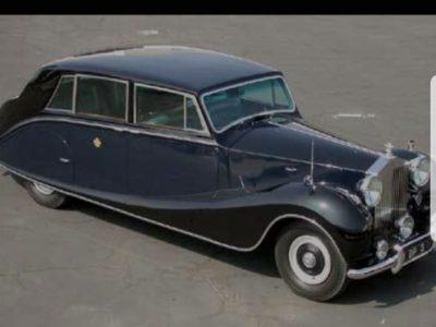 Vendenheim LA PROVIDENCE. Pour moi cette image représente un symbole de l'Angleterre car c'est la Rolls-Royce de la reine Elisabeth II
