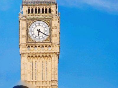 Saint-Raphael ,collège de l'Estérel                                                                                                Ahmed  Abd moulah 5°3  En Angleterre, peu importe où vous irez, Big Ben et le thé anglais seront toujours vos alliés.