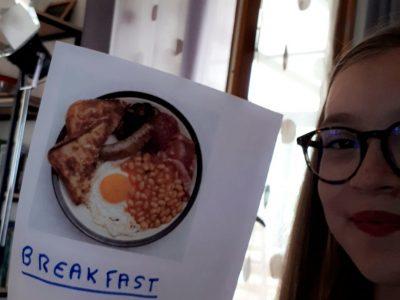 Semur-en-Auxois collège: Saint-Joseph  Voici une photo d'un breakfast