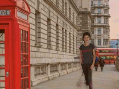 """Bonjour la ville choisis est """"Londres"""". Mon collège est le collège Jacques Coeur de Lentilly.  Merci"""