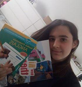 St Venant , Collège Georges Brassens. Je trouve que l'anglais est une langue magnifique , que j'adore pratiquer. Je fais également euro anglais. C'est trop trop bien!!!!!!!!!!