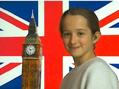I went to London and I grew up at an incredible speed !!! I'm bigger than the big ben !!! My name is Sidonie Vachet. I am going to college Jacques Monod at Pennes Mirabeau.