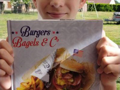 Bellegarde collège de Charles des Vergne   j'aime faire des hamburger et sur tout les manges