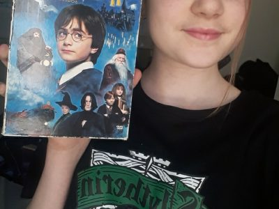 L'isle Adam, college Pierre et Marie Curie I did this selfie because I'm a big fan at the Harry Potter saga and I always match the movies in English