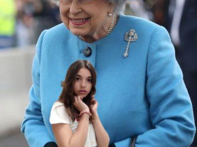 Hello m'y name is Naomie Saillard I like thé queen  England je suis au collège notre dame a morez