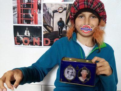 """Cité scolaire du Diois 26150 Die  a scottish boy """"en confinement"""" to have tea whith my mask !"""