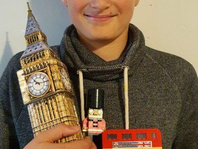 """Bénaménil. Collège René Gaillard. """"A Londres, je prends le bus toujours à l'heure grâce à Big Ben!"""""""