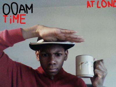Ville : Arcueil, Collège : Dulcie September Je suis à Londre en Angleterre, je suis un garde et c'est l'heure du thé.