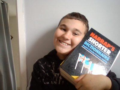 Chalon sur Saone ,collège Jean Vilar  J'aime étudié l 'anglais je fait de mon mieux pour apprendre