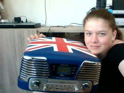 Ville : Seppois-le-Bas Nom du collège : Collège de la Largue  Ceci est une radio avec un décor du drapeau anglais
