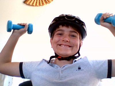TOULOUSE Emilie de Rodat J'ai hâte de me filmer en train de faire du sport...Confiné trop longtemps!!!  Jules