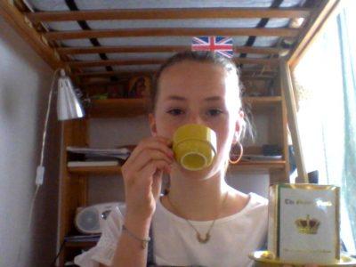 Collège Jean Paul II à Compiègne. Do you want a cup of tea?