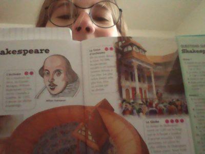 Shakespaere ont lui doit tant de pièces plus connu les unes que les autre