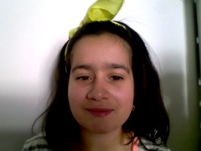 HELLO MY NAME IS GABRIELA DE OLIVEIRA I LIVE IN MERIEL  MY SCHOOL IS CECILE SOREL