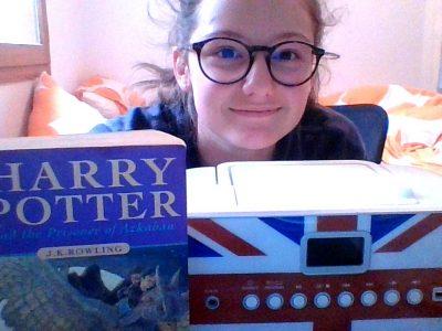 Moûtiers Tarentaise, Collège Jean Rostand    J'ai choisie Harry Potter car c'est anglais et j'ai aussi choisie cette mini chaine car il y a le drapeau de l'Angleterre dessus.