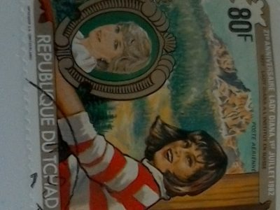 Marseille College Edmond Rostand  quoi de mieux qu'une petite collection de timbres Lady Diana