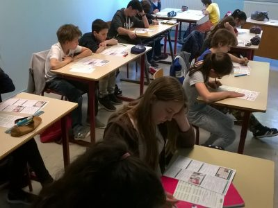 Collège Les Gorguettes-G.Rastoin de CASSIS Everybody is really concentrated. Well done !