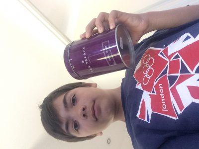 SAINT LOUBES / Yanis BEGEY/  My London 2012 tee-shirt and his tea box, What a beautiul memory!!!!!