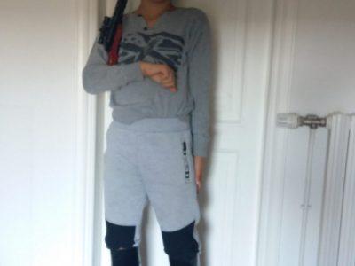 Je voulais me déguiser en soldat anglais. Car je les trouve drôle et super Tytouan Le clouerec 6ème 2 college Gahinet Arradon