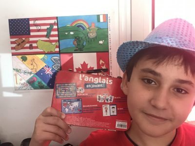 My name is Anthony HART PENOT and I go to College Jean d'Esme. I think English is fun and cool !  I hope I will win the contest and the camera !!