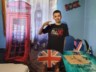 Collège Louis Dumont à Bellegarde sur Valserine  Commentaire Photo : Je suis tous les jours à Londres